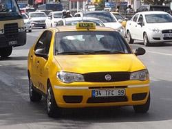 Такси Стамбула могут оборудовать экстренными кнопками