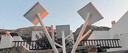 В порту Камарес «выросло» солнечное дерево