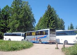 Туристическим автобусам необходимы удобные автостоянки