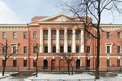 Военно-медицинскому музею 76 лет