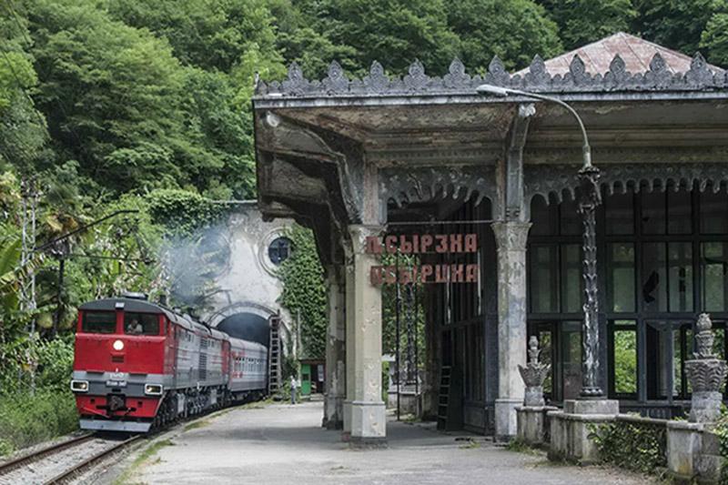 Поезд в Абхазию